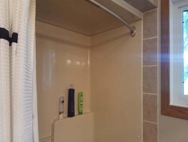 Creative Bathworkx - Winnipeg Bathroom Renovations